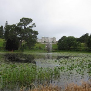 2015-7-31 Ireland castle with pond in front